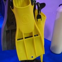 Żółte płetwy APEKS
