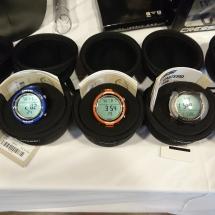 Od lewej NEON w kolorze czarnym, niebieskim, pomarańczowym, CARTESIO czarny i miedziany.